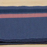 boordstof blauw met roze lijnen_